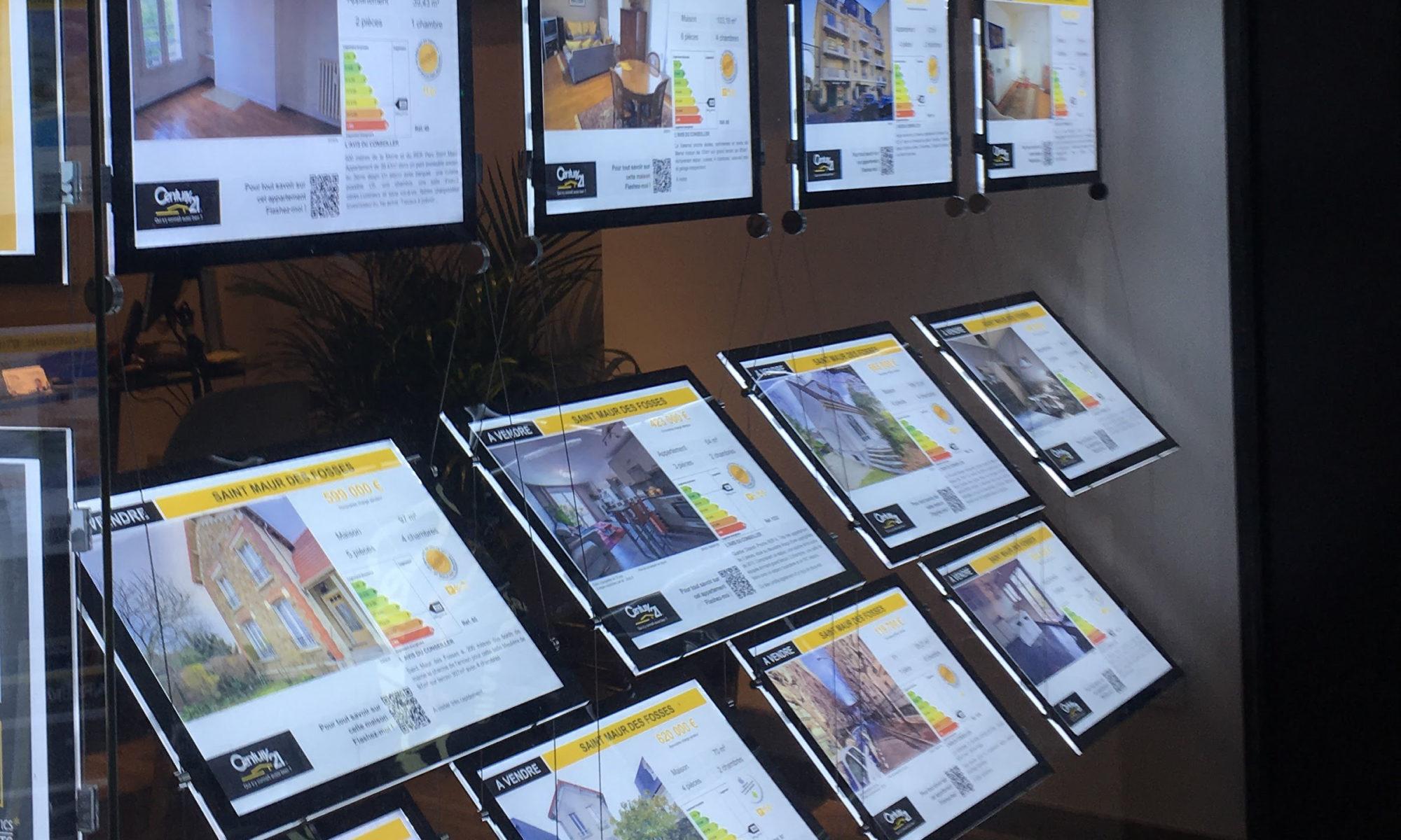 Installation cadres porte affiche LED Visuel Intérieur