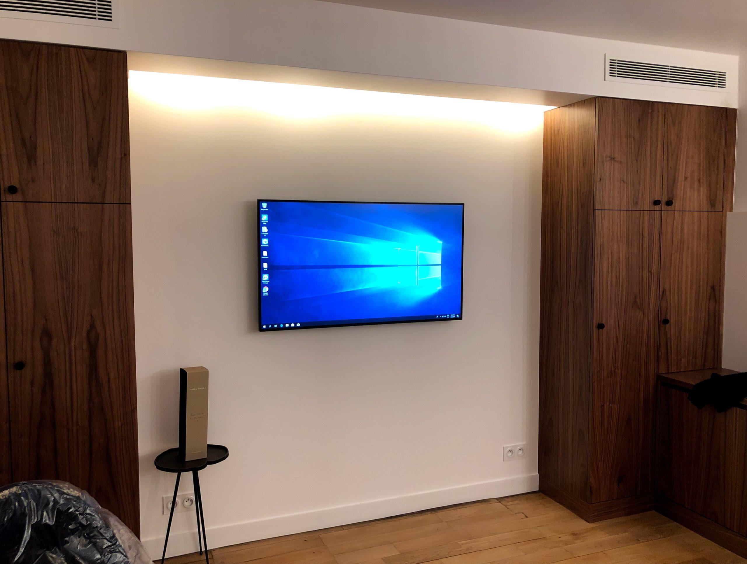 Installation écrans LCD